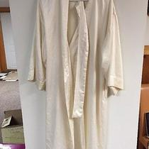 Natori Off White / Ivory Day Robe Photo