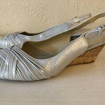 Naturalizer N5 Comfort Sz 9.5 M Women's Sandal  Platform Shoes Silver Man Made Photo