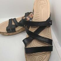 Never Worn Womens Crocs Sandals Size 9 Photo