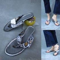 New48 Kathy Vanzeeland Gray Metallic Animal Prt Fabric Straps Thong Sandals 11m Photo