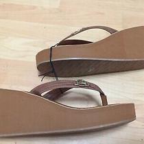 New Aldo Tan Wedge Flip Flop Sandals Size 10 Foam Casual Resort Comfort Photo