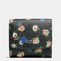 New Arrival Nwt F57976 Tea Rose Floral Small Wallet Msrp 135. Photo