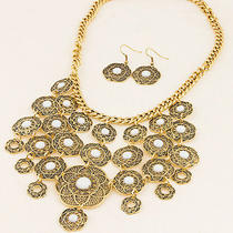 New Arrive Fashion Ladies Beautiful Antique Gold Bib Necklace Earring Fc-A1472 Photo
