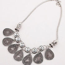 New Arrive Fashion Ladies Beautiful Antique Silver Crystal Bib Necklace Fc-A1421 Photo
