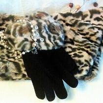 New Avon Leopard Print Pull-Through Scarf & Glove Set Plush 38 in Long 5 in Wide Photo