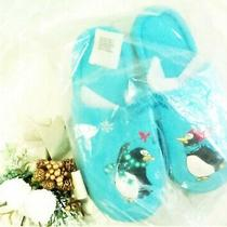 New Avon Penguin Slippers Bedroom Shoes Size 5 to 6.5 M (Small) Sky Blue W/bag Photo