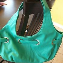 New Avon Stylish Grommet Bag Green Fully Lined 1 Zip 2 Slip Pockets Leather Like Photo