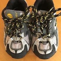 New Balance 490 Series  Grey Sneaker Toddlers Shoes Size 6 Photo