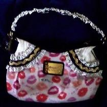 New Betsey Johnson Betseyville Hobo Hand Bag Purse Kissing Lips Photo