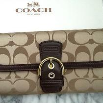 New Coach Campbell Signature Bukcle Envelope Wallet /khaki/mahogany Photo