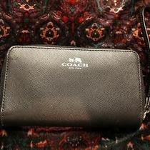 New Coach F68079 Women's Wristlet Wallet in Black Leather  Photo