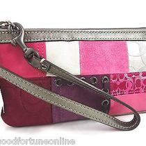 New Coach Holiday Patchwork Wristlet/handbag Metallic/leather/suede/pinks 41942 Photo