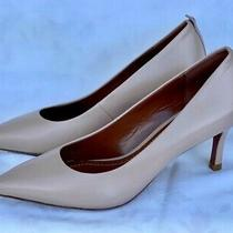 New Coach Sz 8 M Pumps Nude Leather Pointed Toe Heels Shoes Photo