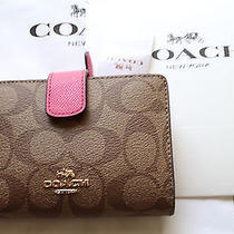 New Coach Walletwomen Walletf53562 With Gift box&bagnwt 165.00 Photo