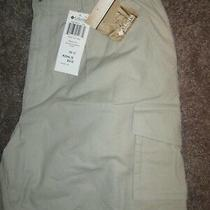 New Columbia Mens 42 Elk Lake Cargo Shorts in Color of Fossil Photo