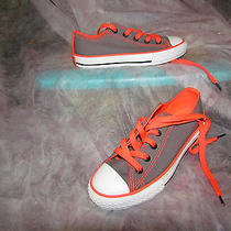 New Converse Model 642027f Girls Athletic Sneakers Size 1 Color Gray Photo