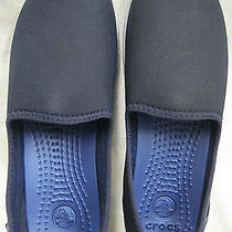 New Crocs Womens Duet Busy Day Natural Skimmer Navy Pearl White Womens Size 7 Photo