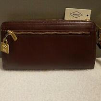 New Fossil Women's Logan Rfid Zip Around Clutch Color Brown  Photo