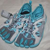 New Girls Fila Skeletoes Bayrunner Aqua/gray Athletic Shoes With Toes Size 13 Photo