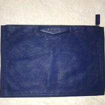 New Givenchy Medium Antigona Baby Blue Leather Zip Clutch Pouch Bag Te0123 Photo