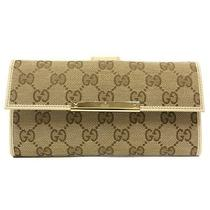 New Gucci Beige Canvas Continental Wallet With Trademark Engraved Metal Plate Photo