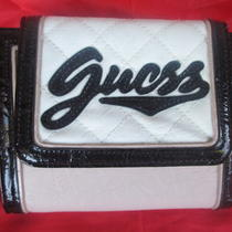 New Guess White Peach Pink Faux Leather Clutch Wallet W Black Patent Trim Purse  Photo