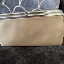 New Hobo Lauren Double Wallet Clutch Beige Leather 138 Photo
