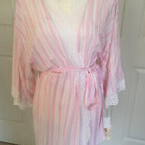 New in Bloom by Jonquil Pink & White Candy Stripe Shorty Robe / Size Medium Photo