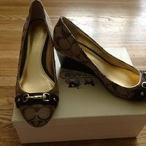New in Box Coach 100% Authentic Cc Heels 7.5 B 328 Photo