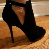 New in Box Fendi Ankle Booties - 40  Photo