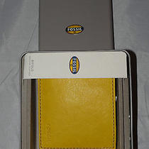 New in Box Fossil Bifold  Yellow Leather Wallet   Photo