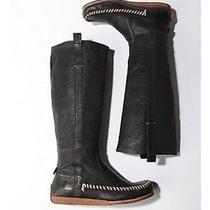 New in-Box Hard-to-Find Frye Alexa Moccasin Boot 6 1/2 Photo