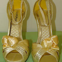 New in Box Liliana Diesel-3 Champagne Heel Photo