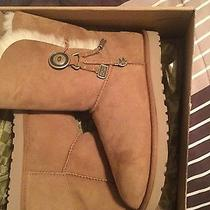 New in Box Tan Ugg Boots Size 8 Photo