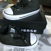 New in Box Toddler Boys Chuck Taylor All Star Street Mid Sneakers. Size 7 Photo