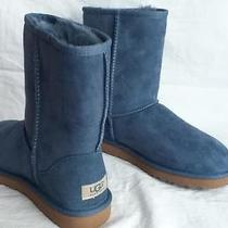 New in Box Ugg Australia Classic Short Boots Woman's 7 Dolphin Blue Suede 5825 Photo