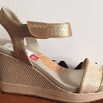 New in Box Womens Dkny Hera Size 10 Photo