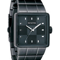 New Mens Nixon Quatro Watch Photo