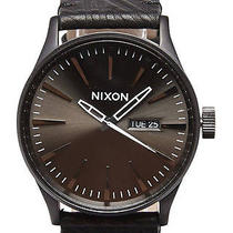 New Mens Nixon the Sentry Leather Watch Photo