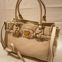 New Michael Kors Hudson Vanilla Leather Satchel 448 Photo