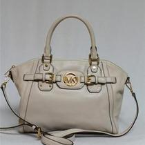 New Michael Kors Hudson Vanilla Satchel Bag Photo