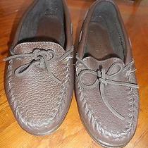 New Minnetonka Mocassin Dark Brown Slipppers Driving Casuals Size 7 1/2 Photo