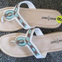 New Minnetonka Sandals Flip Flops Shoes 8.5 9 39 White Beaded Silver Leather Photo