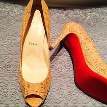 New  Never Worn Christian Louboutin 8.5 Photo