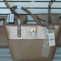 New Nine West It Girl Two-Tone Lock Tote Bag Shoulder Handbag Purse Beige & Gold Photo