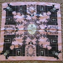 New Nip Brighton My Flat in London Key Scarf in Pink and Black Photo