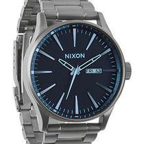 New Nixon A356-1427 Men's Gunmetal Blue Crystal Watch Photo