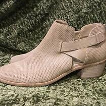 New Nwot Dolce Vita Light Tan Beige Ankle Suede Zip Back Booties Boots 9 Photo
