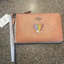 New Nwt Coach X Peanuts Rainbow Snoopy Leather Zip Wristlet Le Rare Soldout Photo