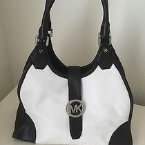 New Nwt Michael Kors Hudson White/black Large Leather Shoulderhandbag Purse 378 Photo